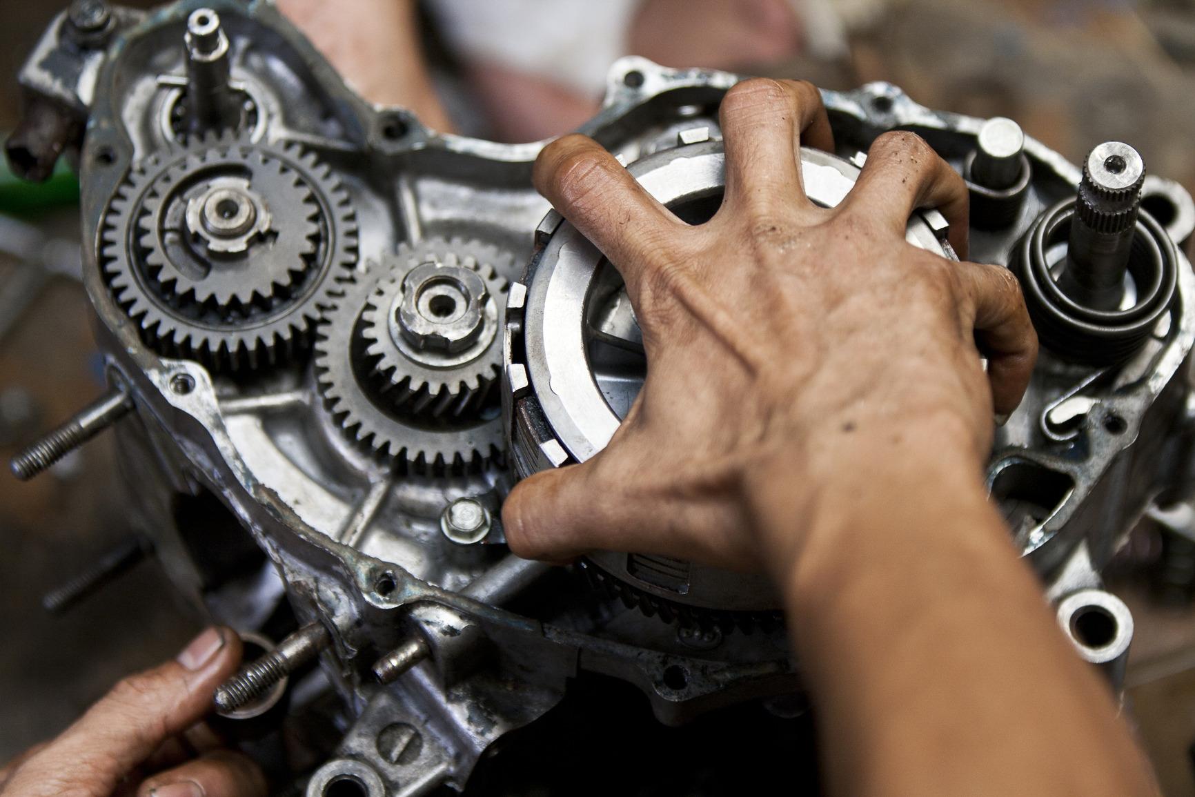photodune-3154321-motorcycle-engine-repair-m